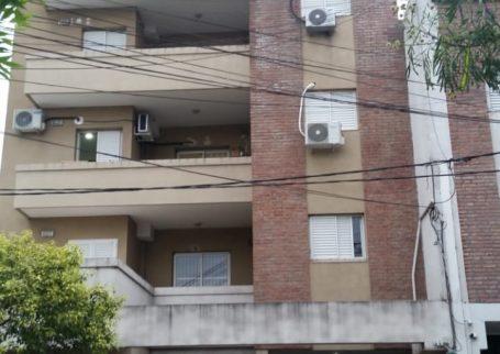 Mariano Comas 2667 Piso 1